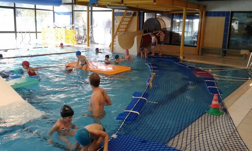 Poulseur la piscine chez nos petits ecole communale de for Piscine koksijde